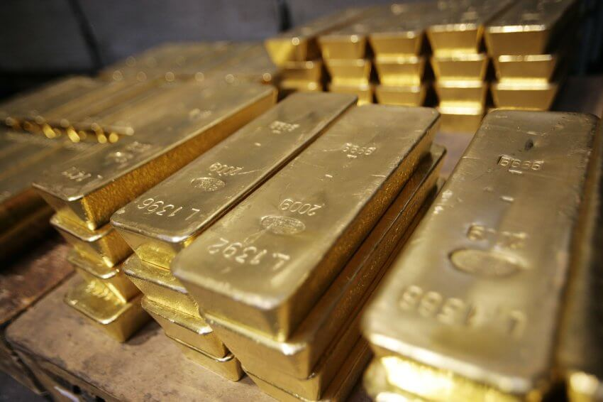 Gold and Silver Face an Uncertain 2016 as China Meltdown Looms